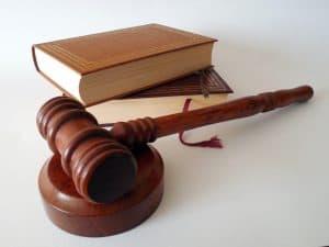 ספרי חוק ופטיש
